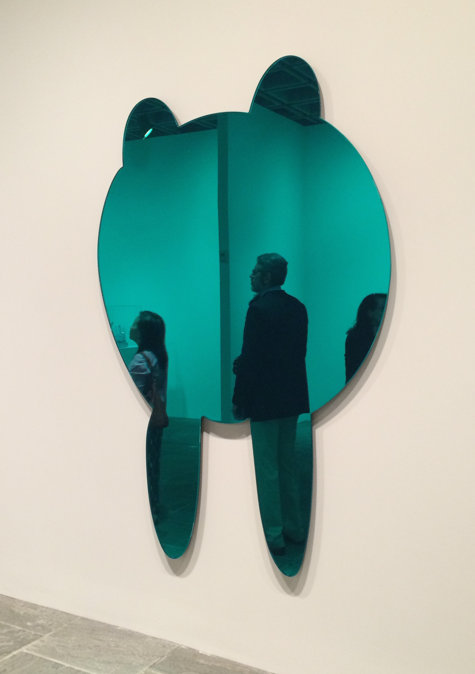 Jeff Koons Walrus (Blue Green), 1999 Chrystal glass, mirrored glass, carbon fiber, foam, colored plastic interlayer, and stainless steel